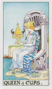 queen-of-cups-2